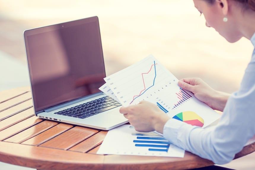 Beneficios de realizar un estudio de mercado en el sector de los materiales de construcción