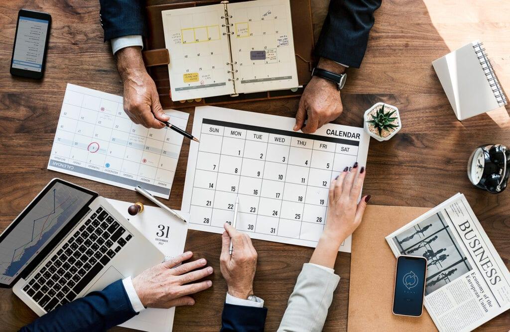 6 beneficios de contar con un asesor externo en el sector de materiales de construcción